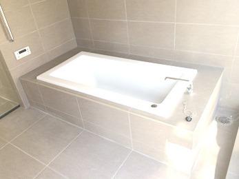 デザイン性が高くおしゃれな浴室になりこれからのバスタイムが楽しみです。