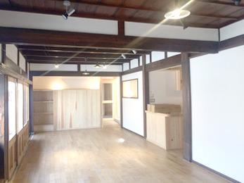 築100年の雰囲気も残しつつおしゃれなお家になり大変満足しています。